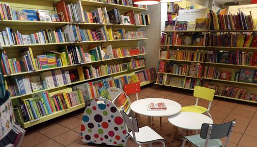Rayon Jeunesse Librairie Decitre Annecy